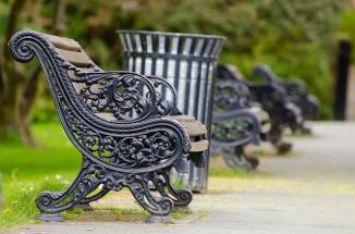 bench-164449_640