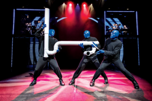 WWWBlueManGroup_DeutschesTheaterMuenchen_2017_foto-05-credit-lindsay-best__c__2017_Blue_Man_Productions__LLC.