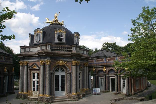 hermitage-1609279_640