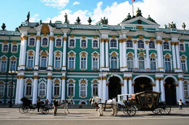 winter-palace-215727_640.png