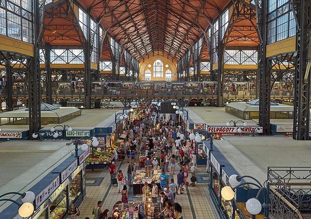 market-hall-4422896_640